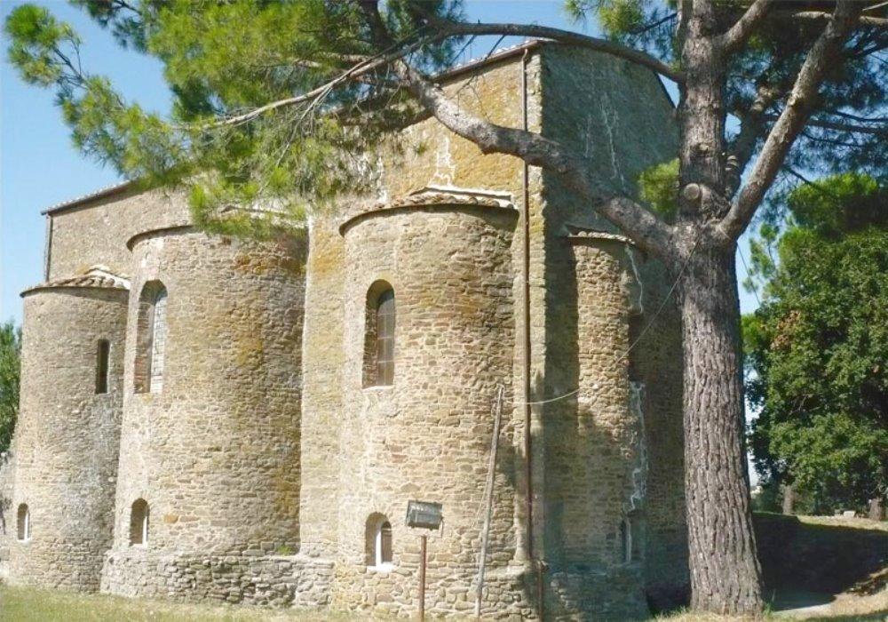 ABBAZIA DI FARNETA Storia e arte in Toscana