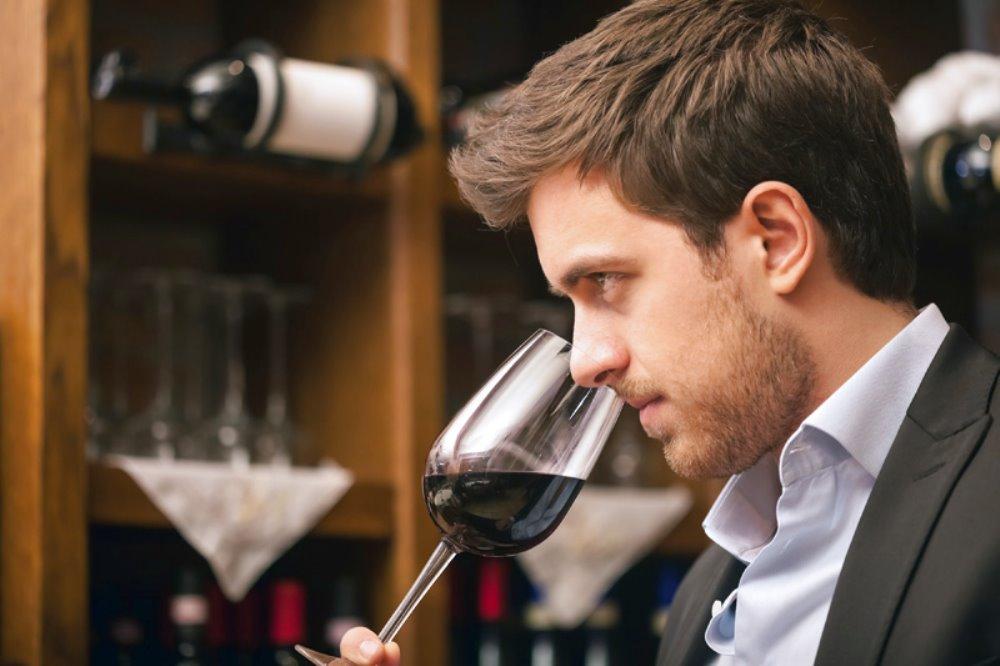 TOURS IN CANTINA Degustazione vini toscani